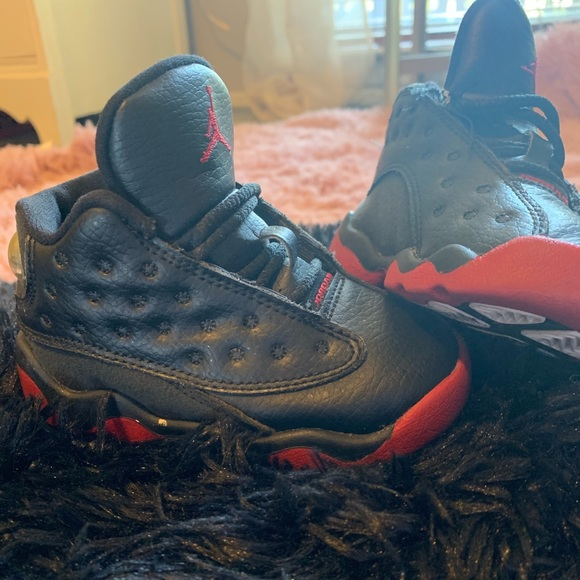 Air Jordan Shoes Black And Red Bred 13s
